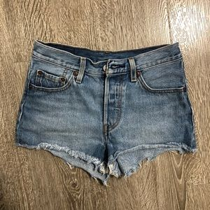 Levi's Vintage Short Sz 24